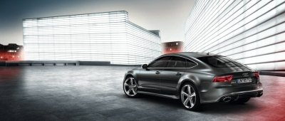 Audi RS7 2016: Trading Space for Power