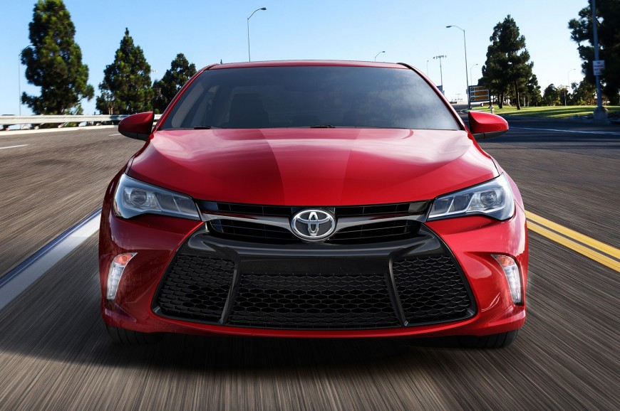 Toyota Camry 2016: Consistency Redefined