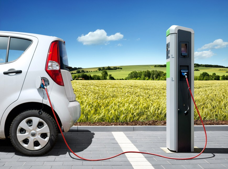 Should You Buy an Electric Vehicle? Consider The Pros and Cons